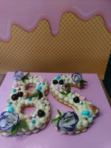 Торт буквы 350шекелей