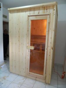 Можно построить небольшую сауну в квартире