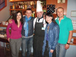 наши постоянные гости:           Н.Гришаева и А.Олешко