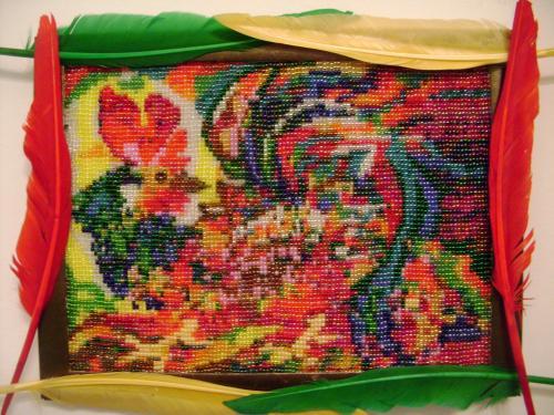 Плетение из бисера, ткачество на станке.