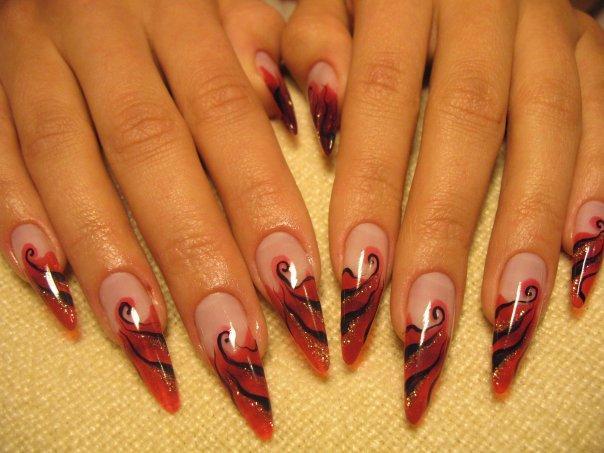 описание фотографии: ногти черный френч фото фото на тему. ногти фото.