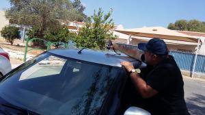 Проверка лакокрасочного покрытия автомобиля с помощью профессионального толщинометра