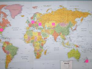 ИЛЛЮСТРИРОВАННАЯ ГЕОГРАФИЯ МОИХ ПАЦИЕНТОВ, СЛЕВА - НАПРАВО: США, ГЕРМАНИЯ, УКРАИНА, КАЗАХСТАН, НОВАЯ ЗЕЛАНДИЯ. Важное примечание: не вошёл ИЗРАИЛЬ (если бы я поместил на нём цветной квадратик, то был бы закрыт не только ИЗРАИЛЬ, но и ряд соседних с ним стран...).