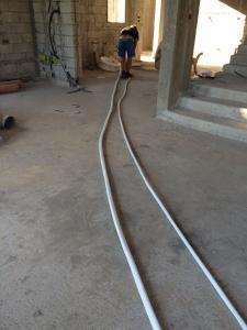 Укладывание труб для системы MULTI на вилле