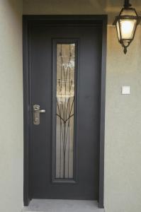 Дверь Supreme Уникальная (на заказ)
