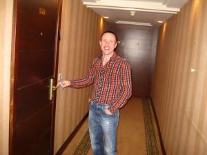 Владимир Маслов- один из лучших специалистов по ремонту, замене и вскрытию замков дверей квартир и автомобилей в центре Израиля! 0522882887 24/7 включая праздники