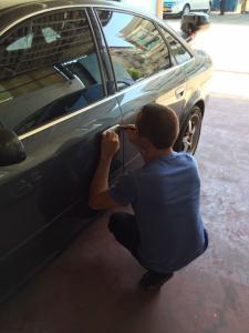 Вскрытие любых автомобилей( включая вакуумные и электрические замки) без повреждений 24 часа в сутки
