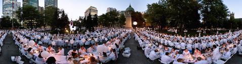 УЖИН В БЕЛОМ. Монреаль,в этом году состоится в Августе. Обычно приглашаются 5-6 тыс. Готовьтесь!