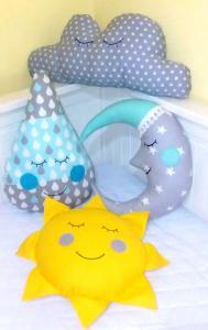Набор подушек для детской кроватки