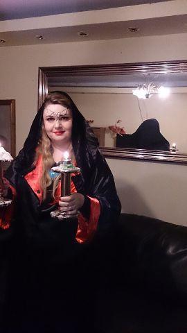 Регина Федоренко во время обряда