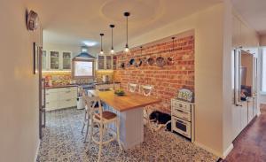 Дизайн интерьера и полная перепланировка квартиры в Реховоте. 2015 г.