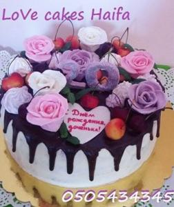 Торт девушке на 20-летие с черешней, безе и мастичными розами