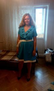Ученица срок обучения около 4 мес., пошила платье для подруги.