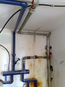 Замена труб в насосной комнате(хедер машива)подача воды на весь дом