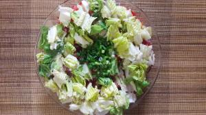 Салат из отварной свеклы, свежей моркови, хасы и пр.пр., а так же, обязательно, с качественным маслом холодного отжима.