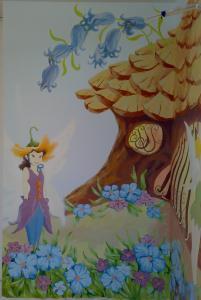 Фрагмент росписи в детской